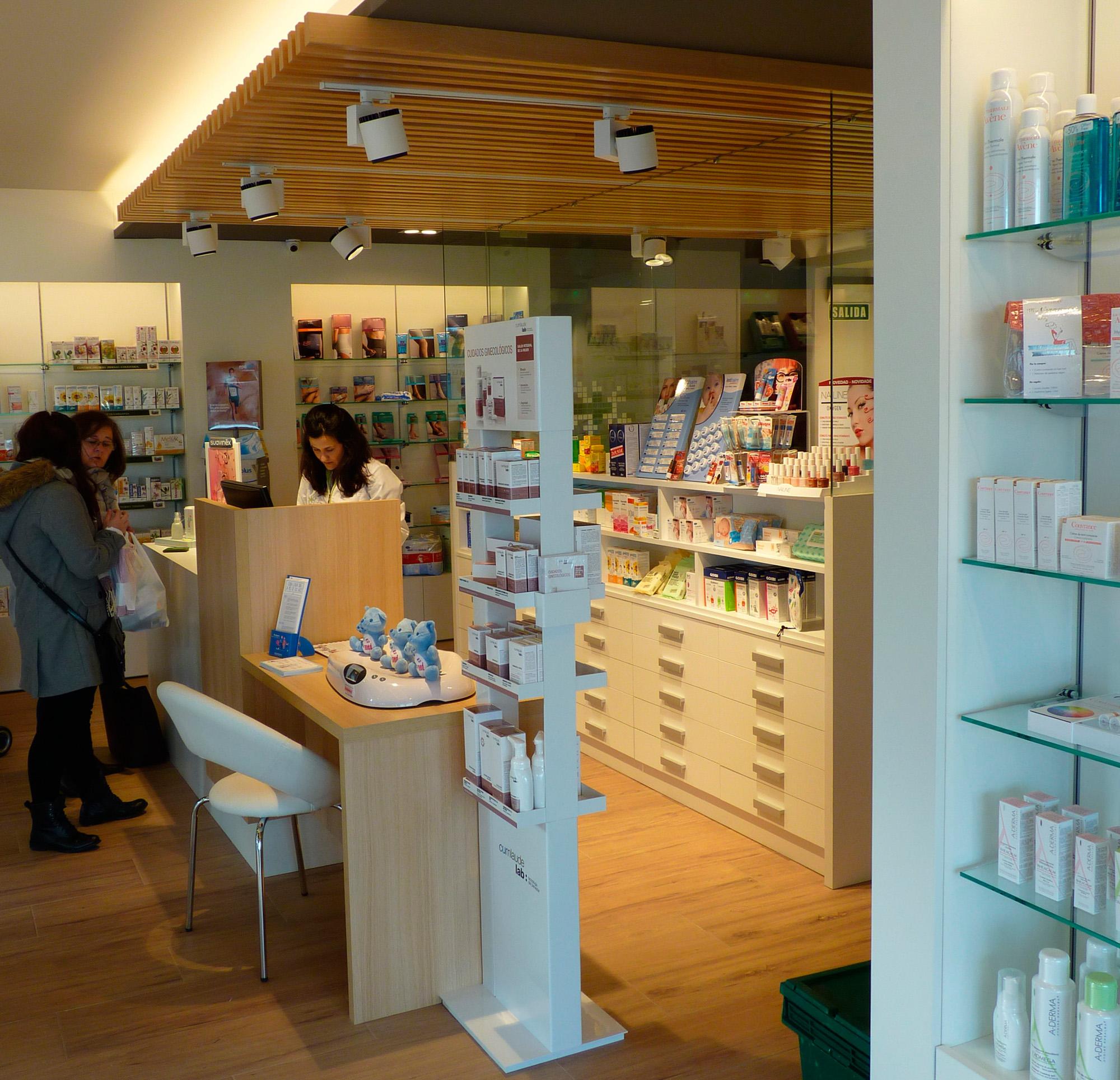Farmacia entremutilvas reformas de viviendas for Decoracion de farmacias