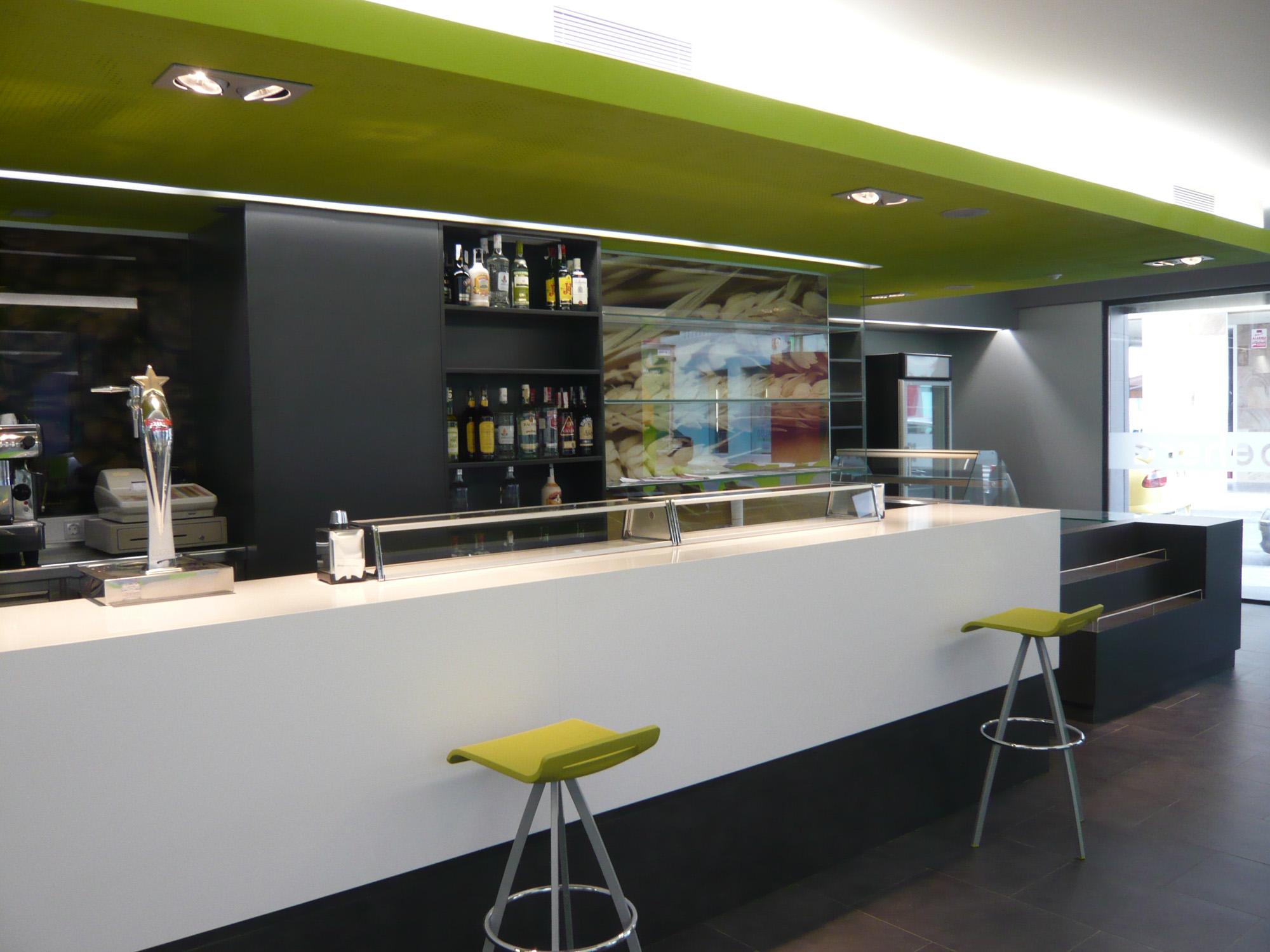 Cafeter a bar gora behera reformas de viviendas - Proyecto bar cafeteria ...